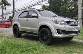 Selling Toyota Fortuner 2014 Automatic Diesel in Manila