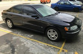 Selling Black Volvo S60 2006 at 108660 km