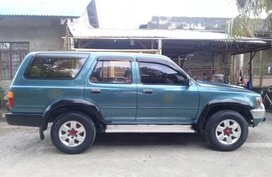 Selling 2nd Hand Toyota Hilux 2002 in Quezon City
