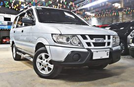 Silver 2014 Isuzu Crosswind Manual Diesel for sale in Quezon City