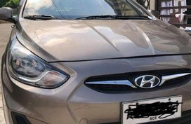 Selling 2nd Hand Hyundai Accent 2014 Automatic Diesel at 88000 km in Makati