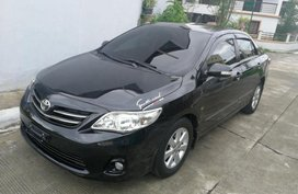 Selling 2nd Hand Toyota Altis 2011 in Lipa