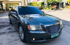 2nd Hand Chrysler 300c 2012 Automatic Gasoline for sale in Pasig