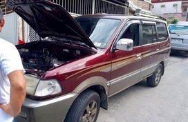 Selling 2nd Hand Toyota Revo 2002 in Mabalacat