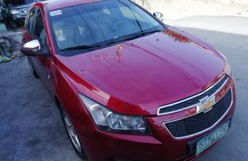 Red Chevrolet Cruze 2012 at 60000 km for sale
