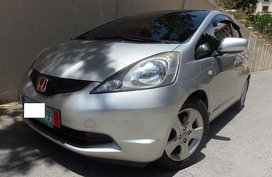 Selling 2nd Hand Honda Jazz 2010 Automatic Gasoline at 40000 km in Quezon City