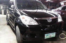 Selling Black Toyota Avanza 2009 in Manila