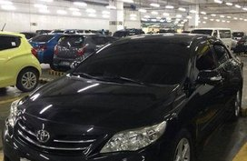 Sell 2nd Hand 2011 Toyota Altis Automatic Gasoline at 70000 km in Silang