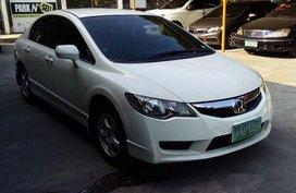 White Honda Civic 2010 at 47000 km for sale in Pasig