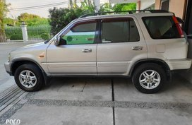 Selling 2nd Hand Honda Cr-V 2000 in Parañaque