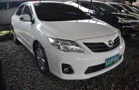 Sell White 2014 Toyota Corolla Altis at 48000 km