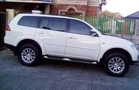 Sell 2nd Hand 2012 Mitsubishi Montero Automatic Diesel at 39000 km in Malolos