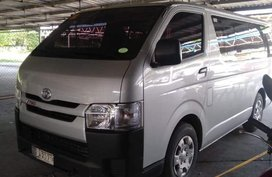 Sell 2nd Hand 2016 Toyota Hiace Manual Diesel at 20000 km in Pasay