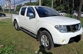 Selling Nissan Navara 2012 Manual Diesel in Pasay