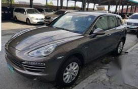 Selling 2nd Hand Porsche Cayenne 2012 in Quezon City