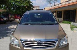 Sell 2nd Hand 2012 Toyota Innova Automatic Gasoline at 68000 km in Muntinlupa