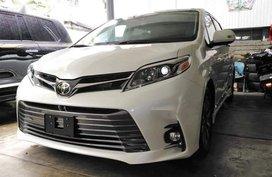 Brand New Toyota Sienna 2019 for sale in Manila