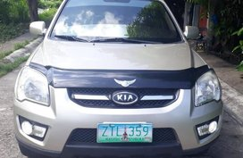 Selling 2nd Hand Kia Sportage 2009 Automatic Diesel at 67000 km in Taal