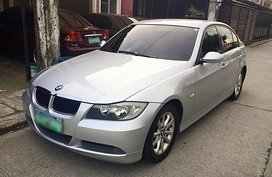 Selling Used BMW 320i E90 2009 in Angeles