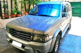 Selling Silver Ford Everest 2005 Manual Diesel in San Juan