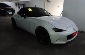 Sell White 2016 Mazda Mx-5 Convertible Automatic Gasoline