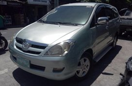 Selling Toyota Innova 2006 Automatic Diesel in Parañaque