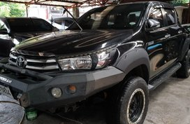 Black Toyota Hilux 2016 for sale in Automatic