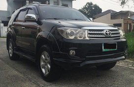 Sell 2nd Hand 2011 Toyota Fortuner Automatic Diesel at 80000 km in Angeles