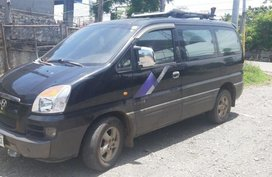 Selling Hyundai Starex 2005 Manual Diesel in Santiago