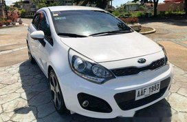 Selling White Kia Rio 2014 Automatic Gasoline