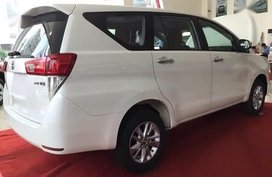 Selling Toyota Innova 2019 Manual Diesel in Manila