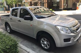 Sell 2nd Hand 2016 Isuzu D-Max Manual Diesel at 25000 km in Taguig