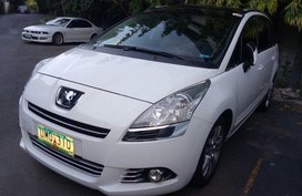 Selling 2nd Hand Peugeot 5008 in Makati