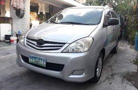 2010 Toyota Innova Gasoline Manual at 75000 km for sale