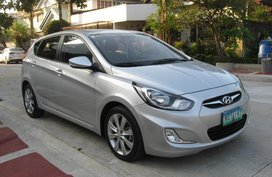 Sell 2nd Hand 2014 Hyundai Accent Automatic Diesel at 40000 km in Quezon City