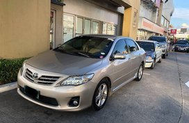 Selling 2nd Hand Toyota Corolla Altis 2012 Automatic Gasoline at 100000 km in Pasay