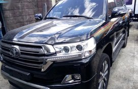 Selling Toyota Land Cruiser 2019 Automatic Diesel in Quezon City