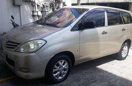Selling Toyota Innova 2011 Automatic Diesel in Manila