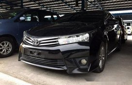 Sell Black 2016 Toyota Vios at 1111 km