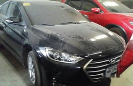 Selling Black Hyundai Elantra 2018 Automatic Gasoline at 8000 km in Makati