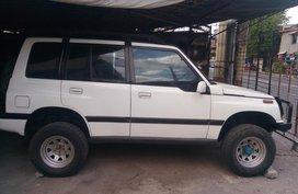 Selling White Suzuki Vitara 1994 Manual in Pasig