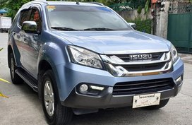 Sell Blue 2016 Isuzu Mu-X Automatic Diesel in Quezon City