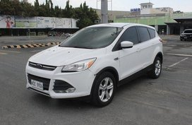 White Ford Escape 2015 Automatic Gasoline for sale in Muntinlupa