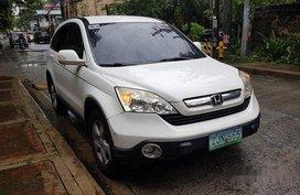 Selling White Honda Cr-V 2007 Automatic Gasoline at 80000 km