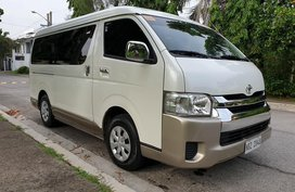 Selling Used Toyota Hiace 2017 at 15000 km