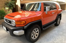 Sell Orange 2014 Toyota Fj Cruiser at 15000 km in Manila