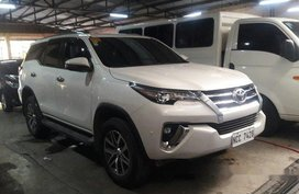 White Toyota Fortuner 2018 for sale in Makati
