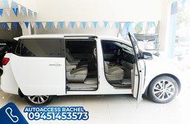 White Facelifted Kia Carnival Prestige 2020 for sale in Quezon City