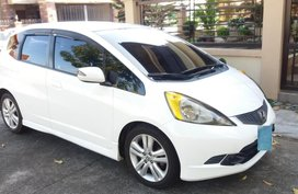 Sell White 2010 Honda Jazz Automatic in Manila