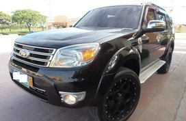 Selling Black Ford Everest 2013 Automatic Diesel